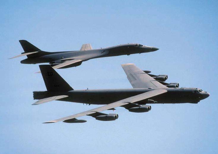 Google Image Result for http://photofinch.com/wp-content/uploads/2012/01/b52-bomber.jpg