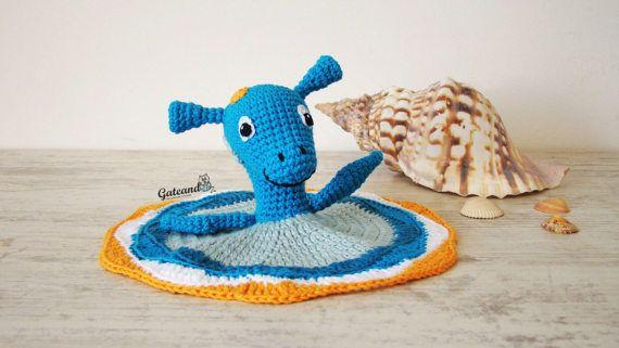 Nessie Security blanket crochet. amigurumi. doudou.