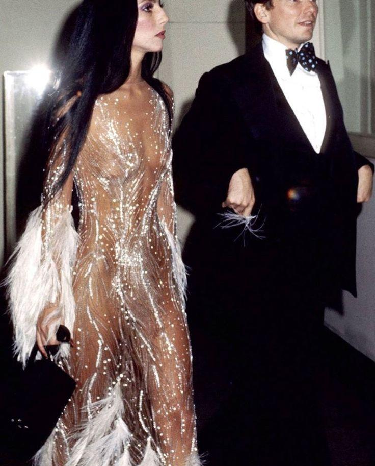 Cher 1974 MET gala   Met gala looks, Met gala dresses, Met gala outfits