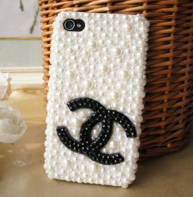 Handmade artificial pearl  black Chanel double c by SuppliesEmpire, $21.60  I want, I want I want!!!!: Iphone Cases, Stuff, Pearl Black, Chanel Iphone Case, Classic Style, Products