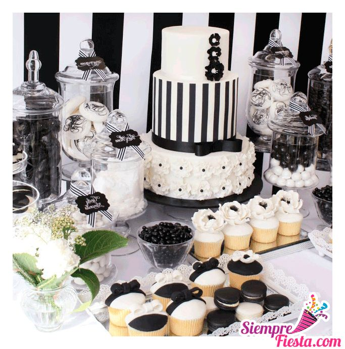 Incre bles ideas una fiesta de color blanco y negro muy - Decoracion fiestas vintage ...