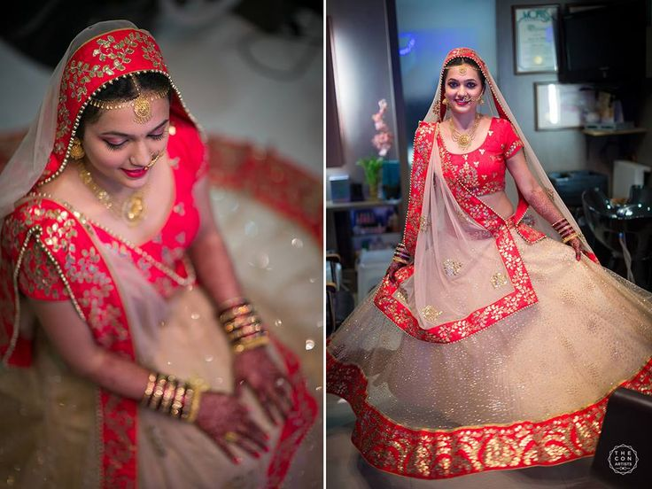 Beautiful bride in a off-white,red bordered lehenga   Photo Credits : The Con artists