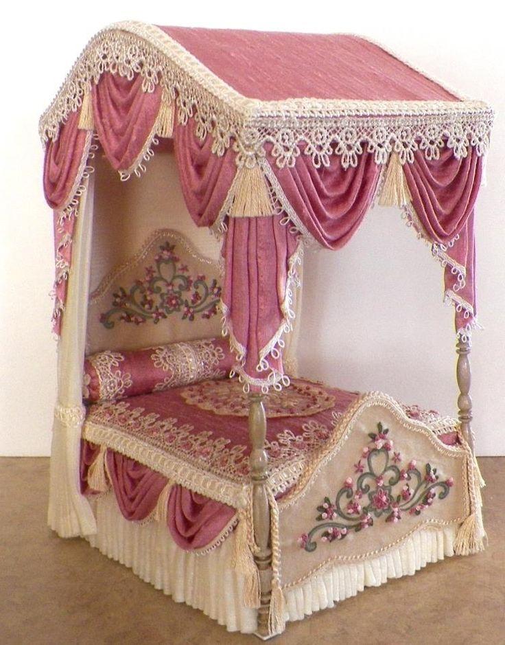 Ruthellen's Dollhouse Miniatures