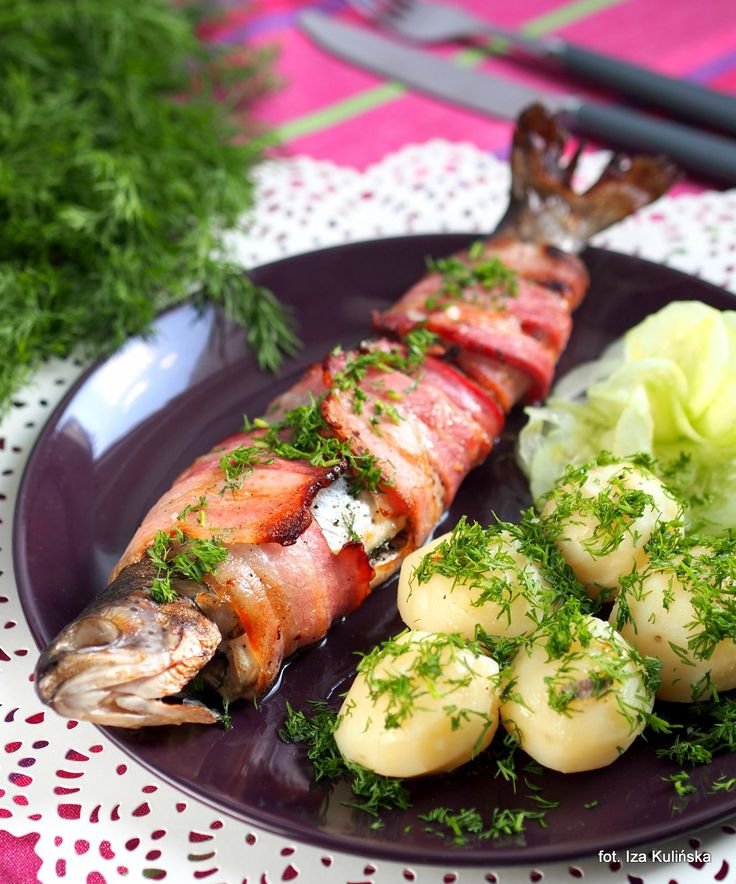 Smaczna Pyza: Ryba, boczek i mięta. Pstrąg z pieca.
