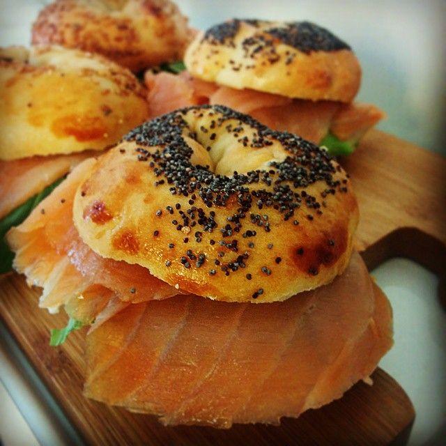 Mini bagel al salmone! #bagel #salmone #pranzo #pausapranzo #artigianale #madebakery #foodoftheday