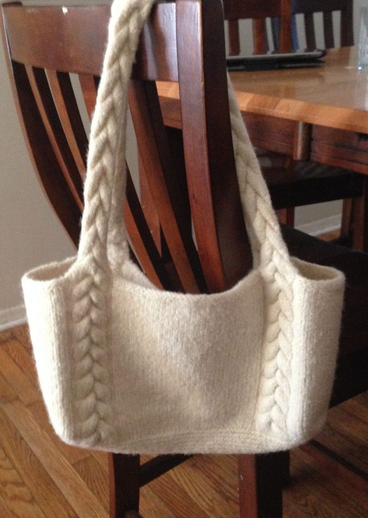 Free Knitting Pattern Braided Cable Handle Tote -   This easy pattern is available in three sizes. Amanda Silveira's  pattern features braided cables that continue into the handles. It's a great first cable or felting project. Pictured project by tiger7lady