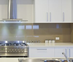glass splashbacks kitchen - Google Search