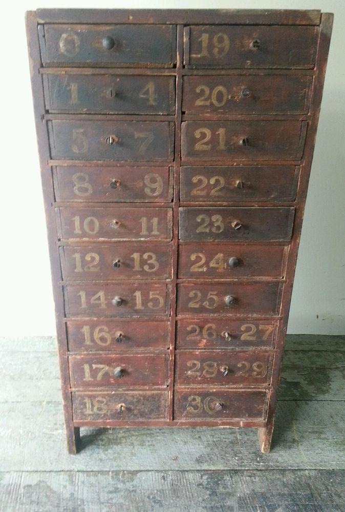 Mejores 95 im genes de muebles antiguos en pinterest - Muebles antiguos pintados ...
