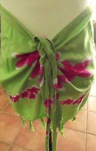 Short-Bikini-Wrap-with-Ties-Sarong-Green-Pink-Frangipanis-Brand-New