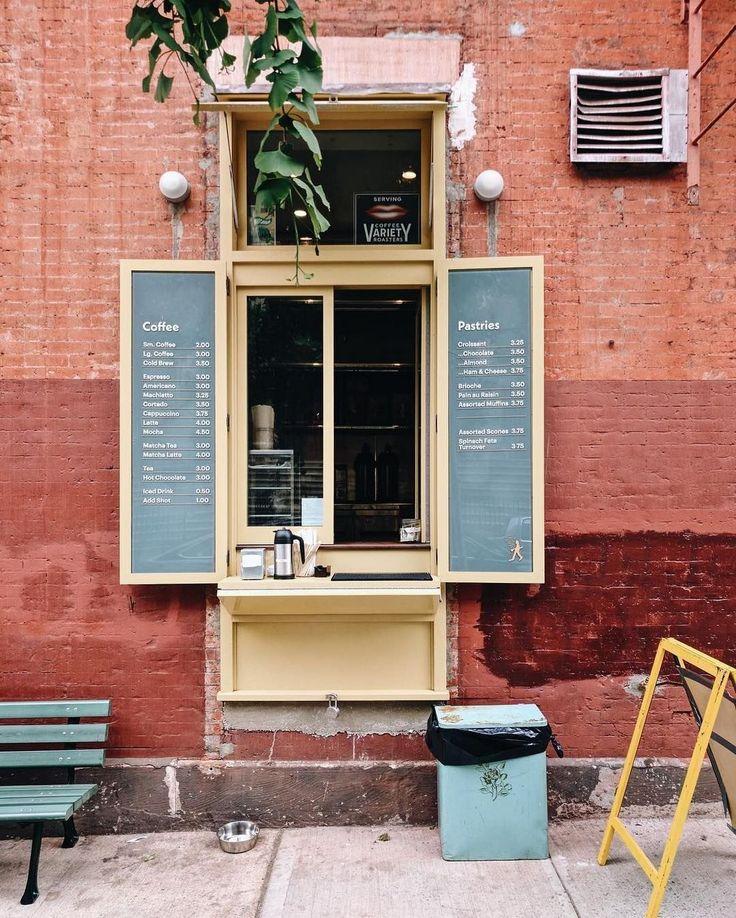 80+ Cozy Coffee Shop Decoration Ideas