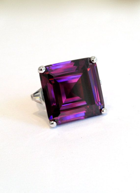 Vintage Sterling Silver Purple Sapphire Three Stone Estate Jewelry Ring by WOWTHATSBEAUTIFUL