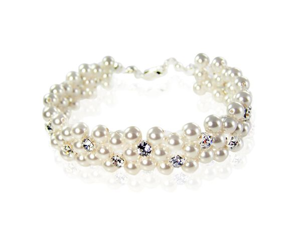 Classic Bracelet - Pearls and splash of diamantes