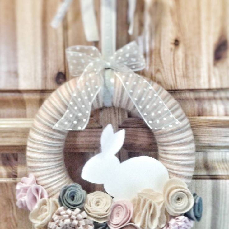 """1 kedvelés, 1 hozzászólás – Mukkocska - AndaMymozza (@andrea_mymozza) Instagram-hozzászólása: """"#húsvét #mukkocska #handmade #ajtódísz #nyúl #rabbit #bunny"""