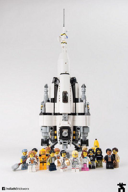 RSS Pale Blue Dot – a LEGO spaceship | by rpeschetz