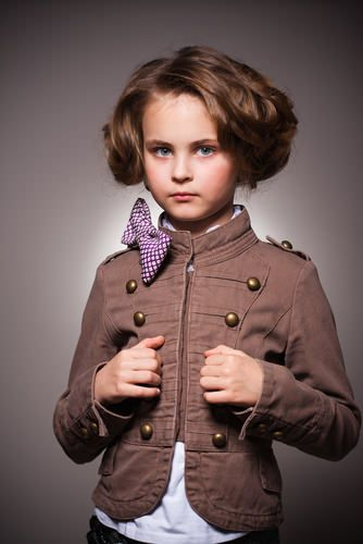 What a super chic faux bob on this little diva! She looks like a modern version of Shirley Temple.