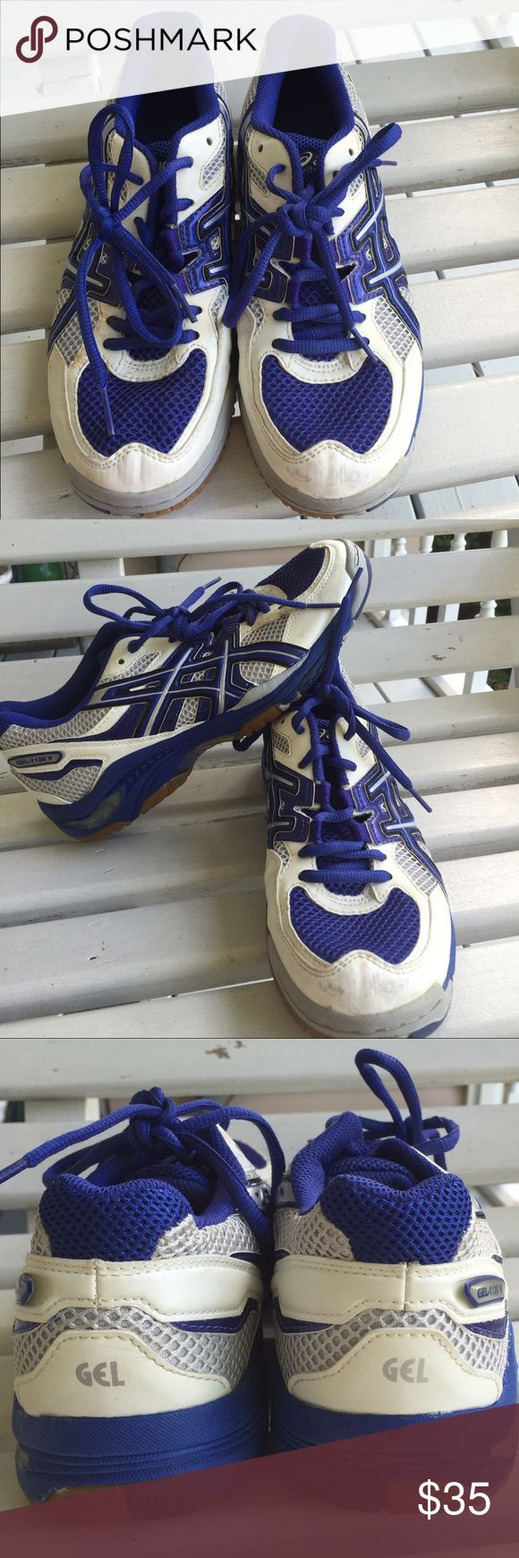 Royal blue Asics Volleyball Shoes These shoes are very gently used and allow for the best traction on a volleyball court. While there is minimal wear (see scuffing on left toe) they are still in very good shape. Asics Shoes Athletic Shoes