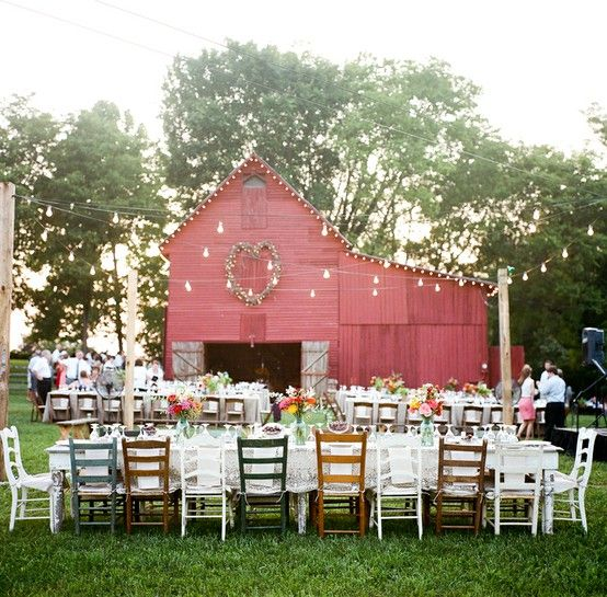Barn, mismatched chairs and strings of lights.: Ideas, Mismatched Chairs, Wedding Receptions, Dreams, Barn Weddings, Country Wedding, Barns Parts, Red Barns, Barns Wedding