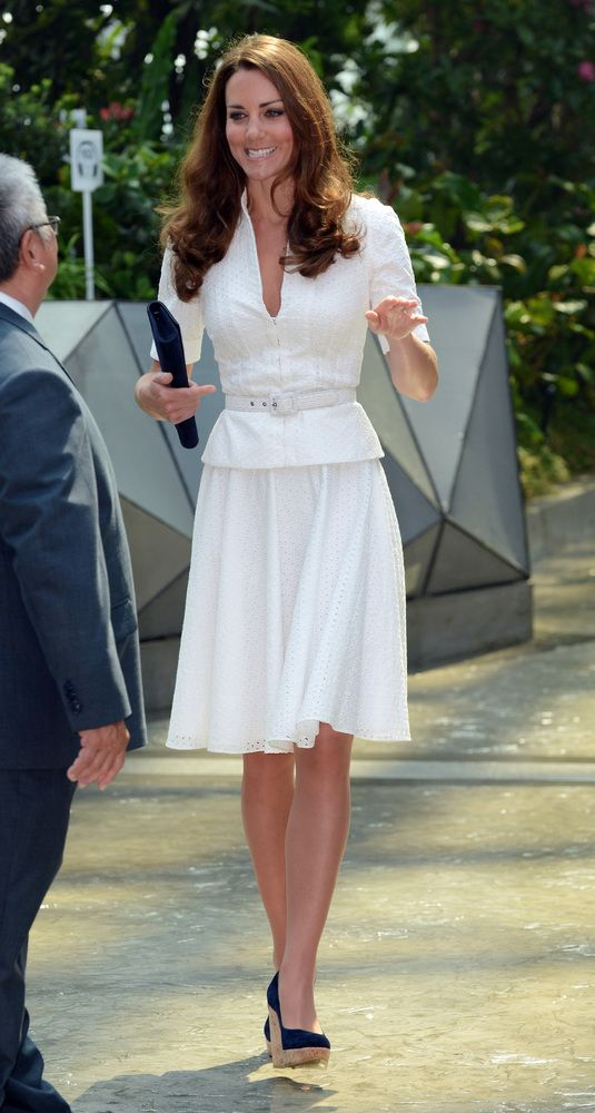 Royal tour of the Far East and South Pacific - Day Two