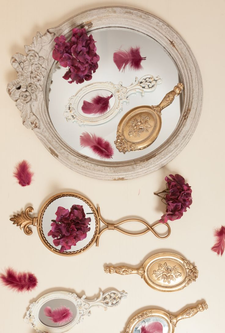 Golden Mirrors, Shabby Chic Frames, Pink Feathers and Burgundy Hydrangeas