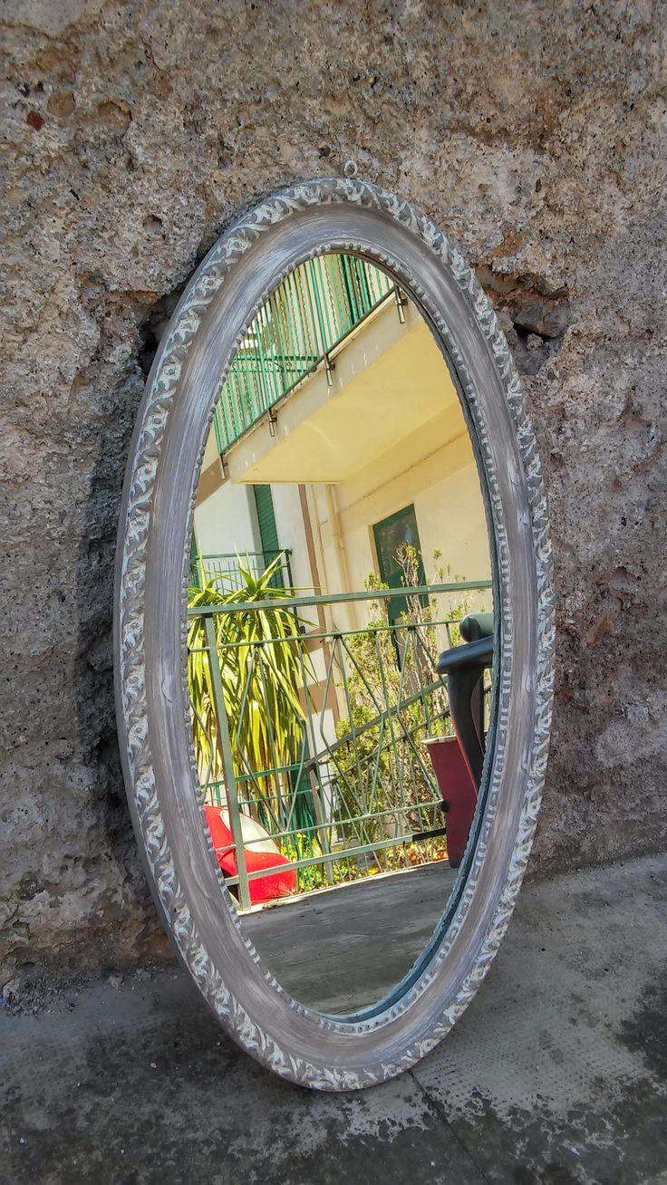 Specchio restaurato in stile Shabby chic