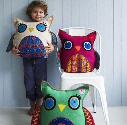 http://www.bambinogoodies.co.uk/wp-content/uploads/2013/05/Hedwig-Owl-Cushions.jpg