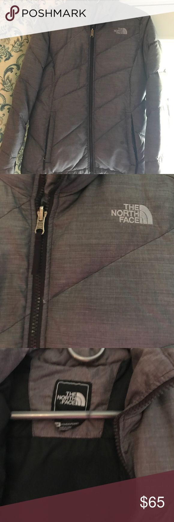 North face women's puffer Grey puffer jacket, two pockets, vipper close North Face Jackets & Coats Puffers