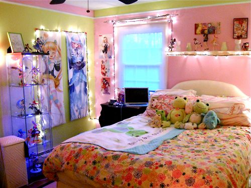 22 best japanese images on pinterest bedrooms for Anime themed bedroom ideas