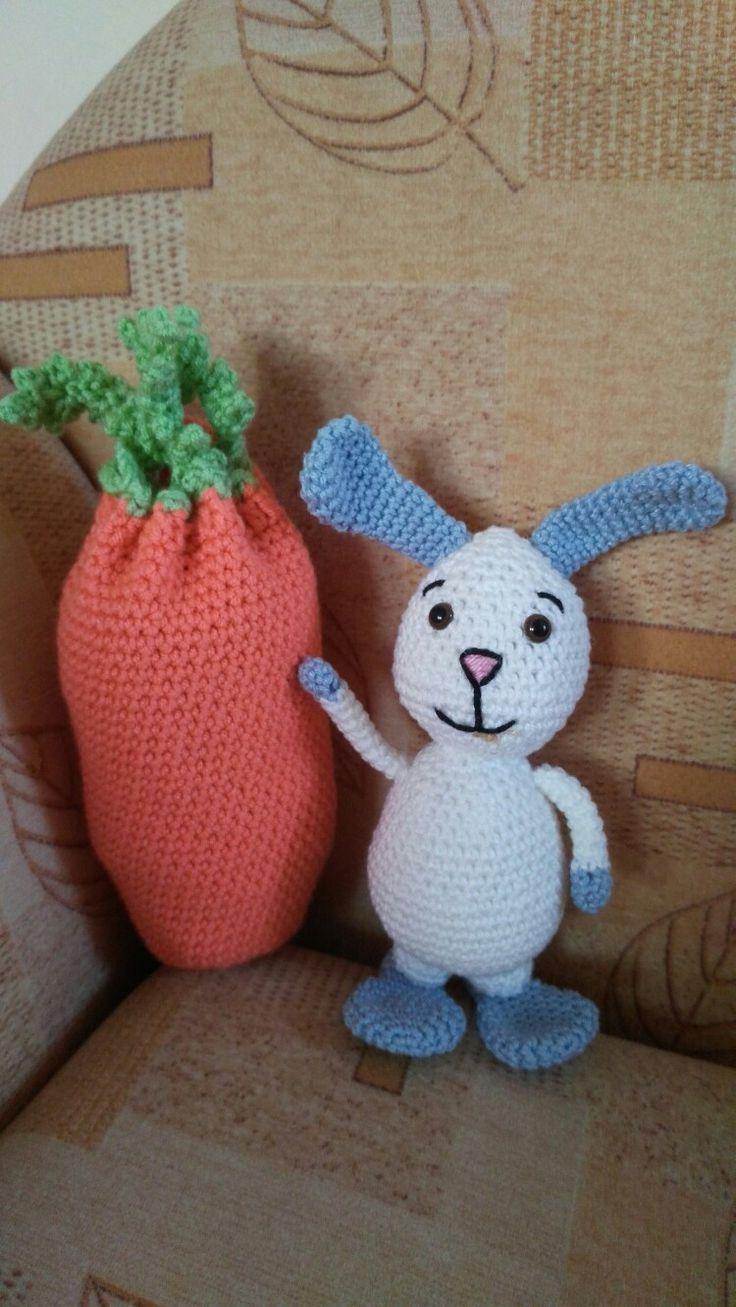 crochet rabbit & carrot