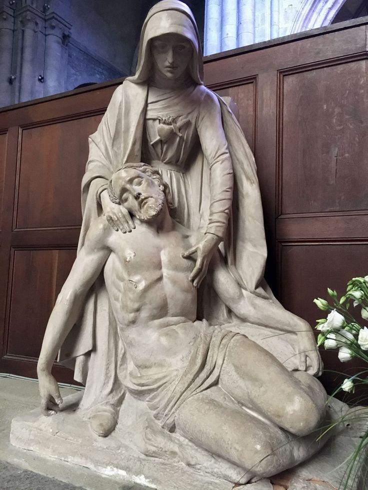 Imagen/fotografía católica de alta resolución etiquetada como: virgen,maria. ¡Descárgala gratis en Cathopic!