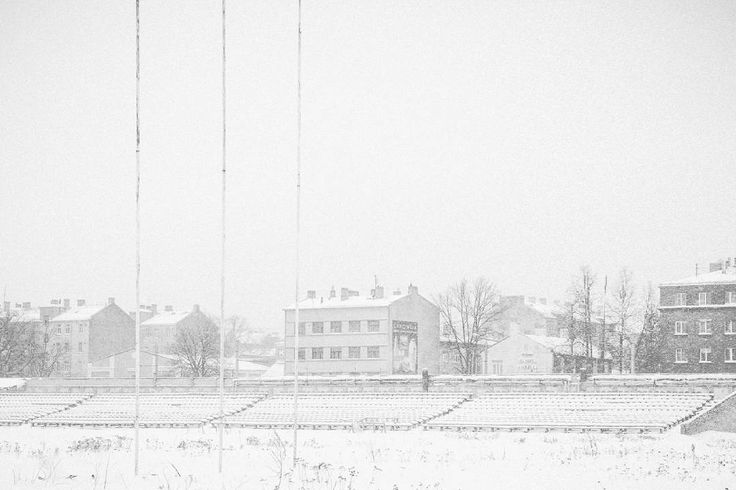 Snowstorm at Latvijas Universitātes stadions  Riga, Latvia 2017 Jordi NN . . . #snowstorm #snowing #cityscape #riga #latvia #stadium #bnw #blackandwhite #blackandwhitephotography #photography #monochrome #2017 #jordiNN