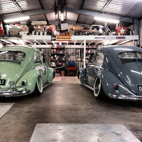 Perfection vw bugs slammed cool pics pinterest for Garage volkswagen 95