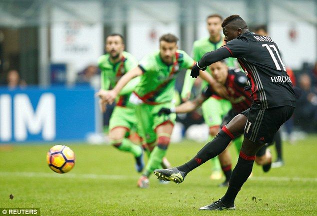 M'baye Niang took a penalty after a brief argument with team-mateLapadula over the kicker