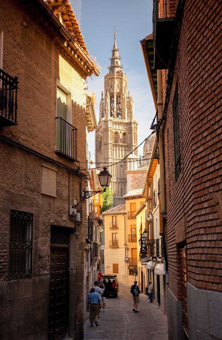 Enjoy Toledo S Winding Streets And Some Of Spain Best Ping On Day 6 Rick Stevesjetportugalspaintouringwandertourismspanish