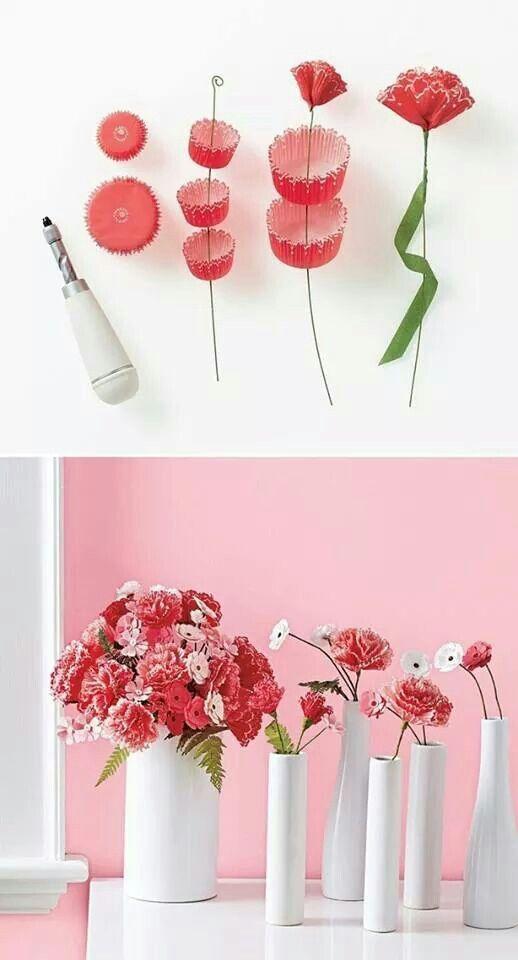 Bloemen van cupcake papiertjes
