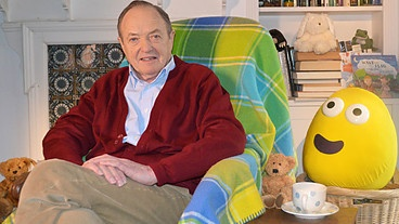UK: Watch James Bolam read 'I Love My Grandpa' on BBC - CBeebies - CBeebies Bedtime Stories, Sun 12 May, 6.50pm