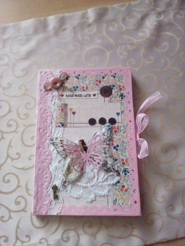 ručně sešitý deník