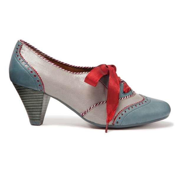 """Poetic License School Girl"" by Irregular Choice. Lusty-lust in mah heart"