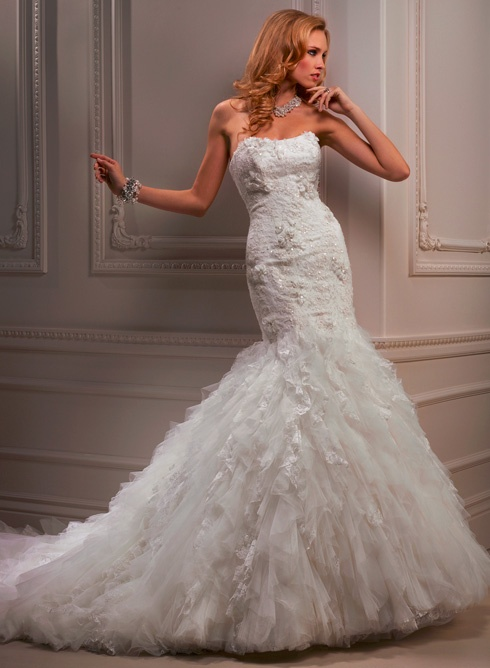 Maggie Sottero Ivandra  THE BRIDAL SHOW AP THE AVENUES  9365 PHILLIPS HIGHWAY JACKSONVILLE FL 32256  904-519-9900