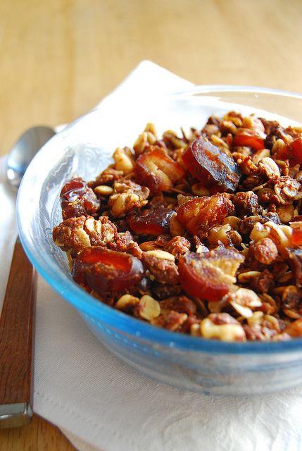 Peanut Butter and Honey Granola - yum 80 Breakfast, Breakfast 59 ...