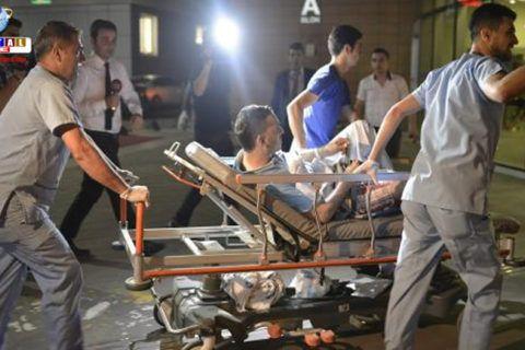 31 mortos e 147 feridos no ataque suicida ao aeroporto de Istambul O ministro da Justiça da Turquia, Bekir Bozdag, informou que 31 pessoas morreram e mais 147 ficaram feridas no duplo atentado no Aeroporto de Ataturk, em Istambul.