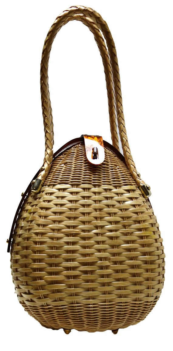 RARE 50s Eggshaped Coated Wicker Purse w/Lucite Frame and Clasp.