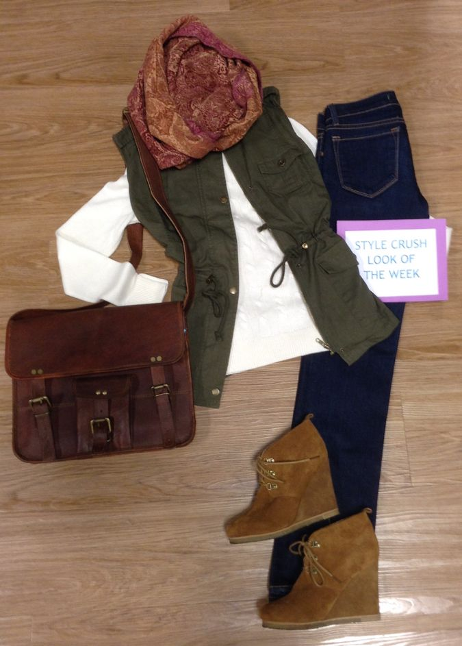 Style Crush of the Week  - Heading to the mountains this weekend? This is the PERFECT fall outfit for apple picking, pumpkin carving, or Octoberfest  #shop #consignments #fashionista #fallfashion #weekendstyle #shoulderbag #OOTD #fifislkn