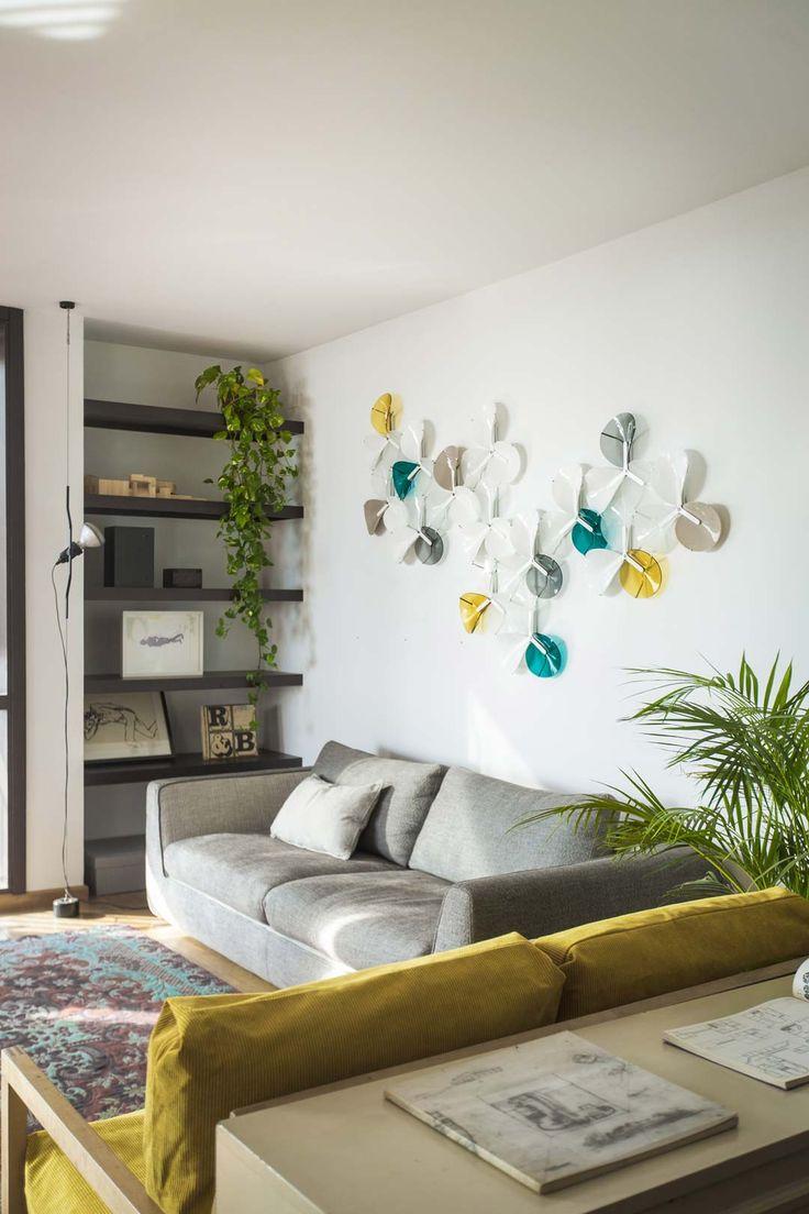 Bespoke Glass Wall Installation | Petalo Collection #AtelierMel #Installation #Bespoke #Tailored #Digital #Design #Crafts #HandMade #GlassArtisan #Loto #System #BespokeGlass #Art #Sculpture #Piece #Lighting #Luxury #Mediterranean #InteriorDecor #lounge #livingRoom #Experience #Lighting #Petalo #Lamp #Wall #Lighting #Fixture #Luxure #Fresh #Genuine