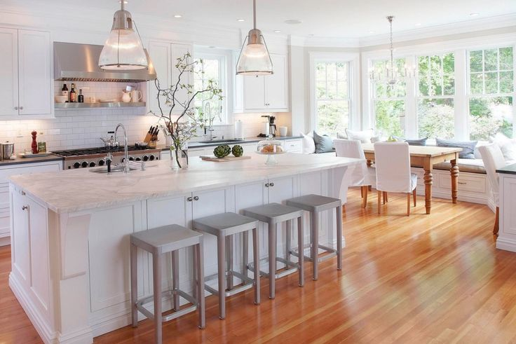 Michelle Perkins has created a revolution in how you clean your home... use bacteria! Hear the podcast where Michelle explains why Probiotic Solutions will keep your family healthy, chemical-free, and cleaner. http://thestylepodcast.com/probiotic-solutions/ (image from Pickell Architecture) #ProbioticSolutions