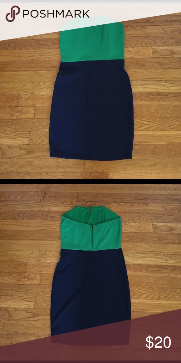 Navy Blue/Green Mini Dress Size: Medium Worn only once, flattering to curvy body types, perfect for going out Dresses Mini