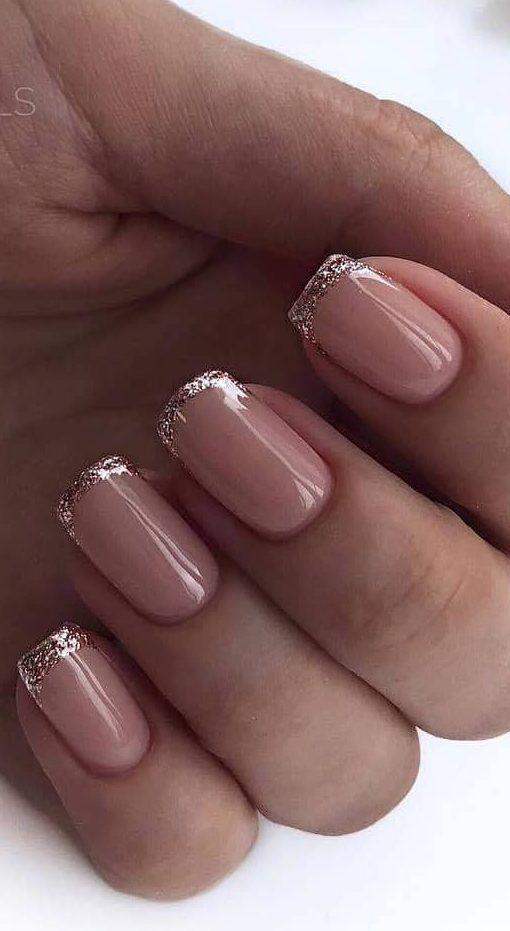 40+ süß und schön Glitter Nail Designs Ideen f…