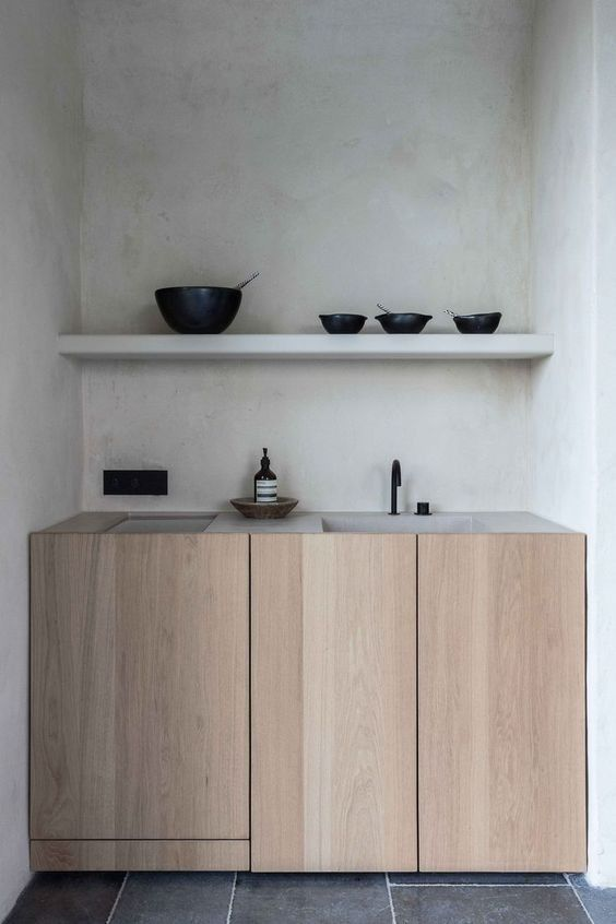 Minimalist country kitchen with natural materials.