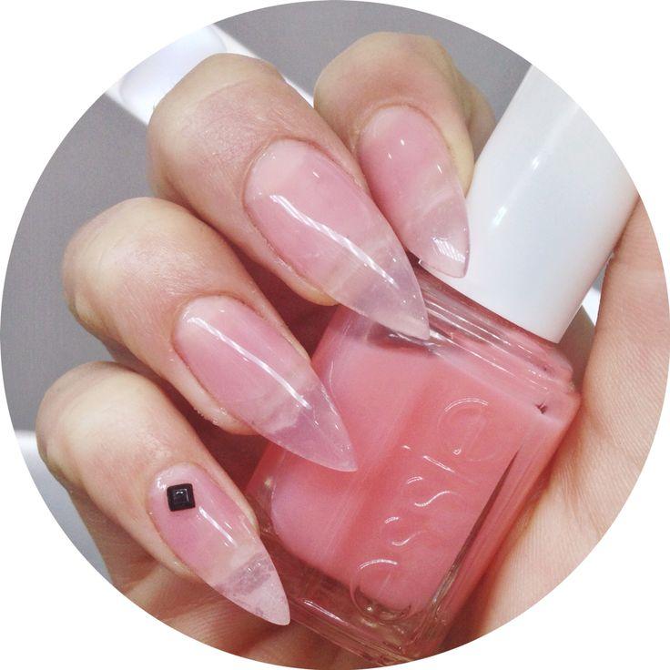 Pink Glove Service by Essie Smalto