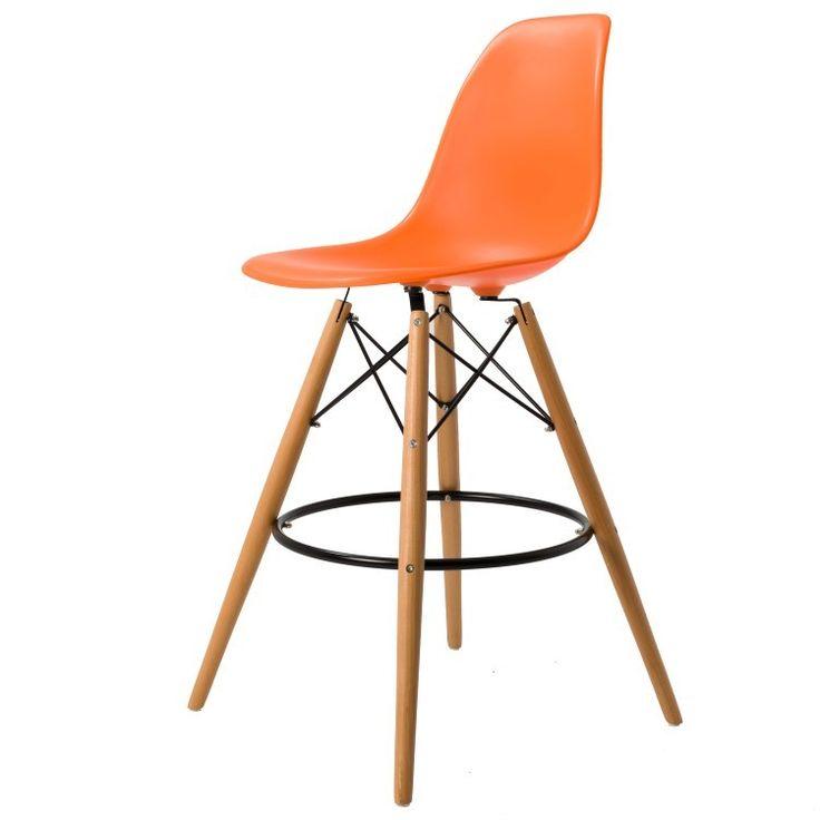 Dominidesign kruk. Eames inspired stool mat. Design Krukken.