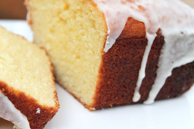 Barefoot Contessa Lemon Cake. Best lemon cake. Better than the lemon loaf from Starbucks!